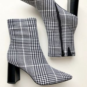 Jeffrey Campbell Coma Houndstooth Bootie 🖤🤍